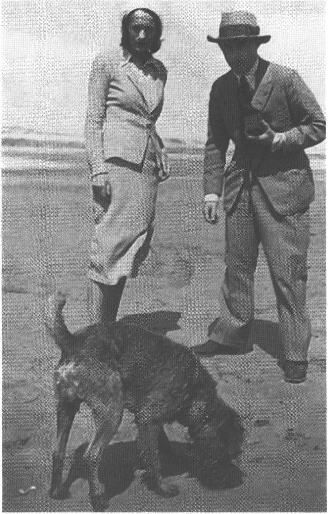 С женой Юттой Замбоной. 1930 г.