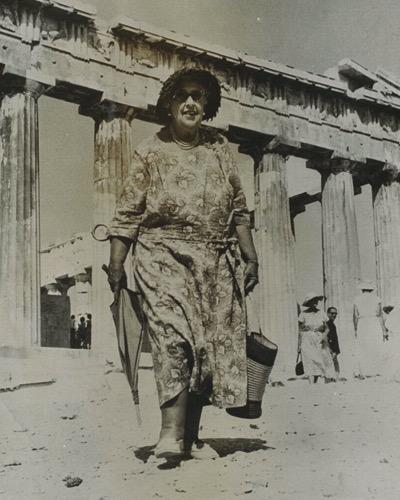 Агата Кристи.  Греция,  Акрополь, 1958 год.