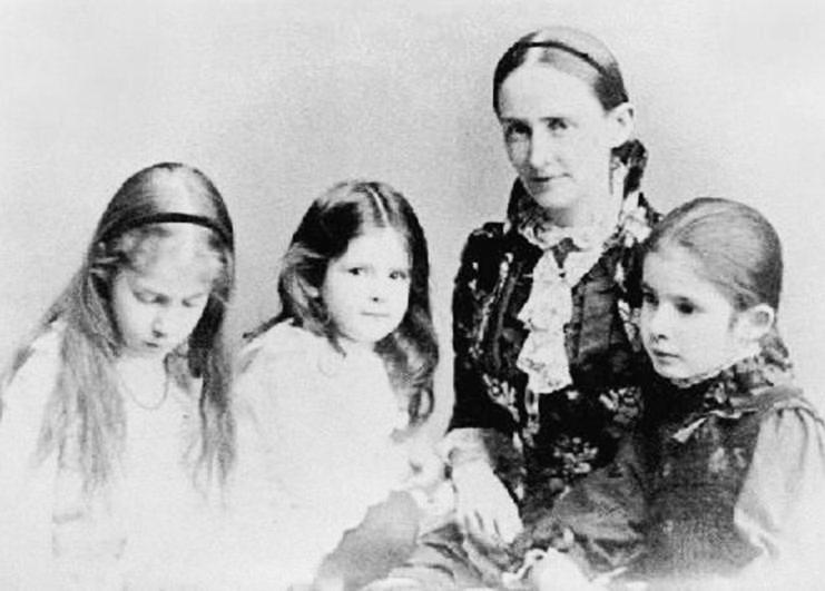 Жена и дочери Сэма Клеменса (Марка Твена)